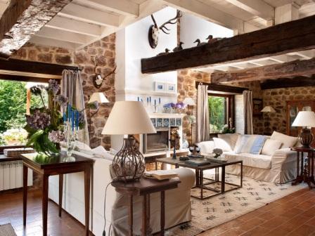 Decoracion interiores vigas viejas decoracion de casas - Decoracion casas rusticas ...